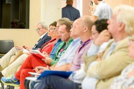 El modelo liberalizador que amenaza la prohibición de los pisos turísticos en Ibiza