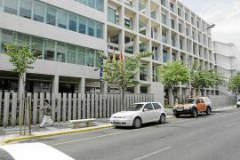 Los ayuntamientos recibirán cuatro millones para obras del Consell d'Eivissa