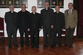 Onomástica del obispo Jesús Murgui