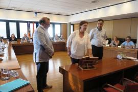 Isabel Manresa presta juramento como nueva regidora