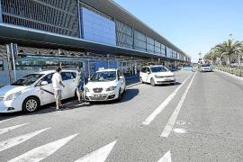 Los taxistas se rebelan contra la ampliación del plazo de los estacionales de Sant Josep