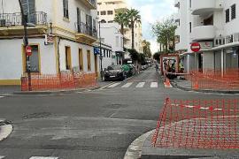 Vila construye la acera que comunica la avenida Sant Josep con la calle Fonti Quer