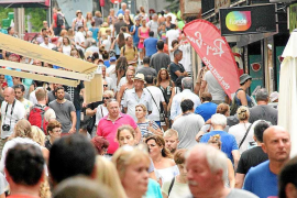 La masificación turística, principal problema ambiental para la ciudadanía