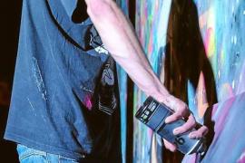 Más de 50 obras de 12 artistas llenan de arte urbano Las Dalias