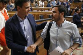 Alberto Garzón cree que el PP «ha ganado» con la dimisión de Sánchez
