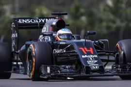 Alonso, en Singapur: «Vamos mejorando, pero los seis coches delanteros son inalcanzables»