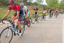 Más de 300 corredores participarán en la XIV Vuelta Cicloturista de Ibiza