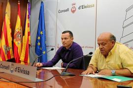 Trifón Poch y Jordi Serra, en el clínic de básquet de Ibiza