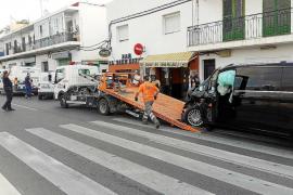 Accidente múltiple en un punto conflictivo de la carretera de Sant Antoni