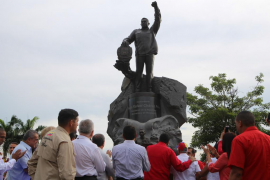Maduro crea el premio 'Hugo Chávez de la Paz' y propone a Putin para recibirlo