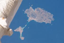 Así se ven Ibiza y Formentera desde el espacio