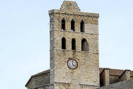 El reloj de la catedral de Ibiza se estropea por culpa de las tormentas