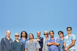 La banda argentina Bersuit Vergarabat cerrará hoy la temporada en Las Dalias