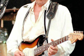 Bob Dylan, el primer cantautor en recibir el Premio Nobel de Literatura