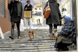 Casi 300.000 personas de Balears viven en riesgo de pobreza y exclusión social
