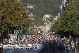 Miles de personas piden en San Sebastián la excarcelación de los presos de ETA enfermos