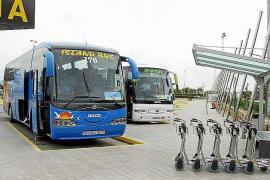 El transporte turístico aumenta un 8% su actividad al alargarse la temporada