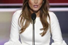 Melania Trump dice que su marido fue «incitado» a hacer comentarios lascivos