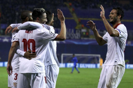 El Sevilla da un gran paso hacia los octavos de final