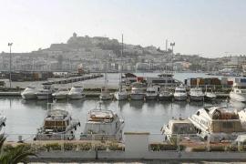 La Policía detiene a tres hombres por forzar y robar joyas en seis yates de lujo en Ibiza