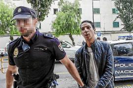 La juez envía a prisión a dos detenidos por los robos en seis yates de lujo de Ibiza