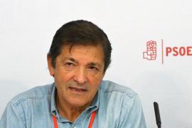 Fernández pedirá que se abstengan todos los diputados del PSOE