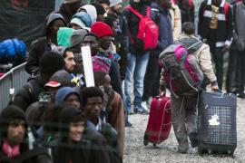 Comienza la evacuación de los refugiados en la 'Jungla' de Calais