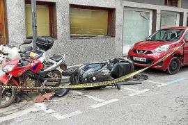 Un conductor que triplicaba la tasa de alcoholemia causa daños a 5 vehículos en Vila