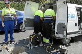 Aqualia alerta de una posible estafa por el cobro a domicilio de los recibos del agua en Ibiza