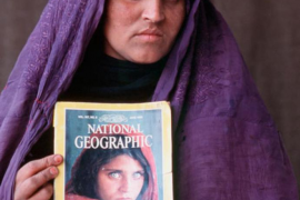 Detienen en Pakistán a la 'niña afgana' que hizo famosa 'National Geographic'