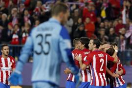 El Atlético de Madrid, a octavos en el último momento