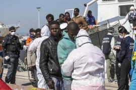 Al menos 239 inmigrantes mueren en dos naufragios frente a las costas de Libia