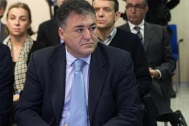 Castro envía al banquillo a 'Pepote' Ballester por las obras iniciales del Palma Arena