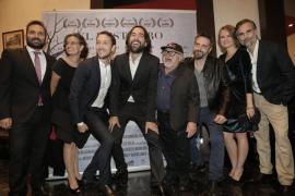Danny DeVito asiste a la inauguración del Evolution Mallorca