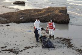 Al menos 239 inmigrantes muertos en dos naufragios frente a la costa libia