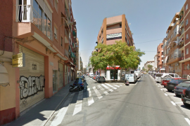 Buscan a quién pertenece un dedo de mujer hallado en una calle de Alicante