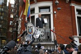Assange será interrogado en Londres la próxima semana tras más de cuatro años refugiado en la embajada de Ecuador