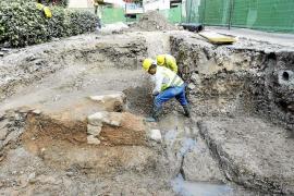 El Consell estudia el yacimiento histórico y decide el futuro de la obra