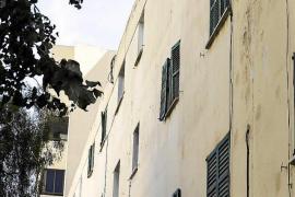 Vila trata de negociar la salida del último vecino de Santa Margalida
