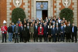 Miguel Bosé y Dani Martín, galardonados en los Ondas bajo la sombra de Donald Trump