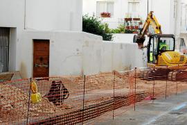 Las obras en la plaza del Cañón incluyen la instalación del gas
