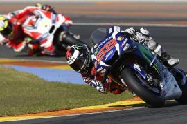 Lorenzo se despide de Yamaha como los grandes campeones, con un triunfo