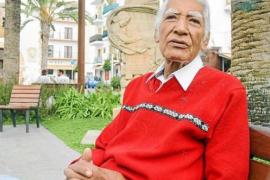 Fallece en Ibiza el mítico compositor y cantante peruano Carlos Cabrera