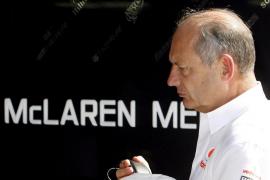 Los accionistas de McLaren fuerzan la renuncia de Ron Dennis tras 35 años al frente de la escudería