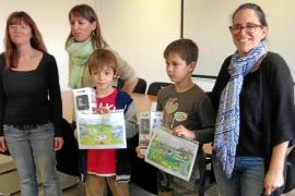 Diego Costa y Carlos Nicolás, premiados en el concurso de dibujo de Aqualia en Formentera