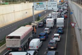 Retenciones kilométricas por obras en el túnel de Can Cifre