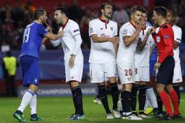 Juventus, a octavos tras remontar a un Sevilla que se la jugará en Lyon