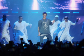 Justin Bieber apasiona en un concierto de dos horas en el Palau Sant Jordi