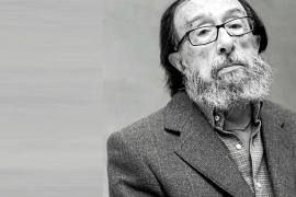 El escritor madrileño Juan Eduardo Zúñiga, premio Nacional de las Letras