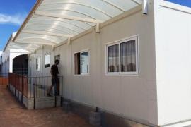 Podemos anuncia una enmienda para eliminar los barracones y las aulas modulares